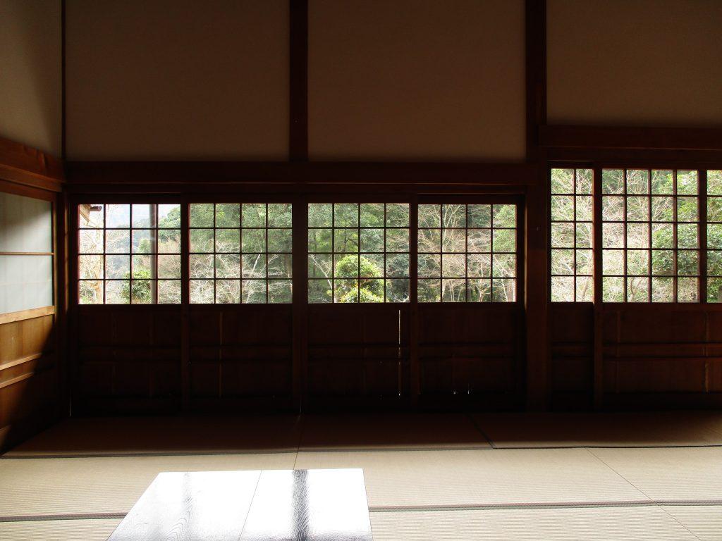 天寧寺-ガラス入れ替え後2内側